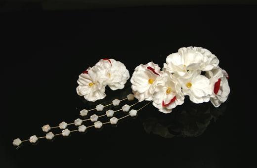 振袖にあう髪飾り「戀華(IT005)」白×赤い花びら