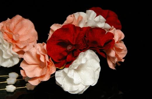振袖にあう髪飾り「戀華(IT014)」白×赤×ピンク